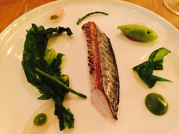 Mackerel 'snacké' with cucumber sorbet