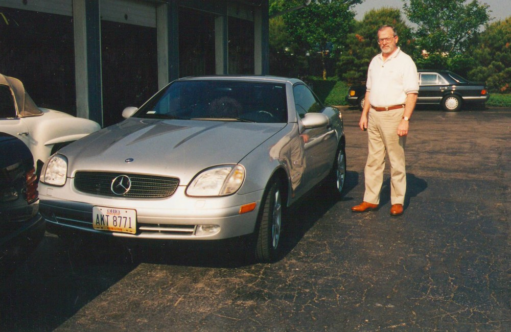 Customer with SL.jpg