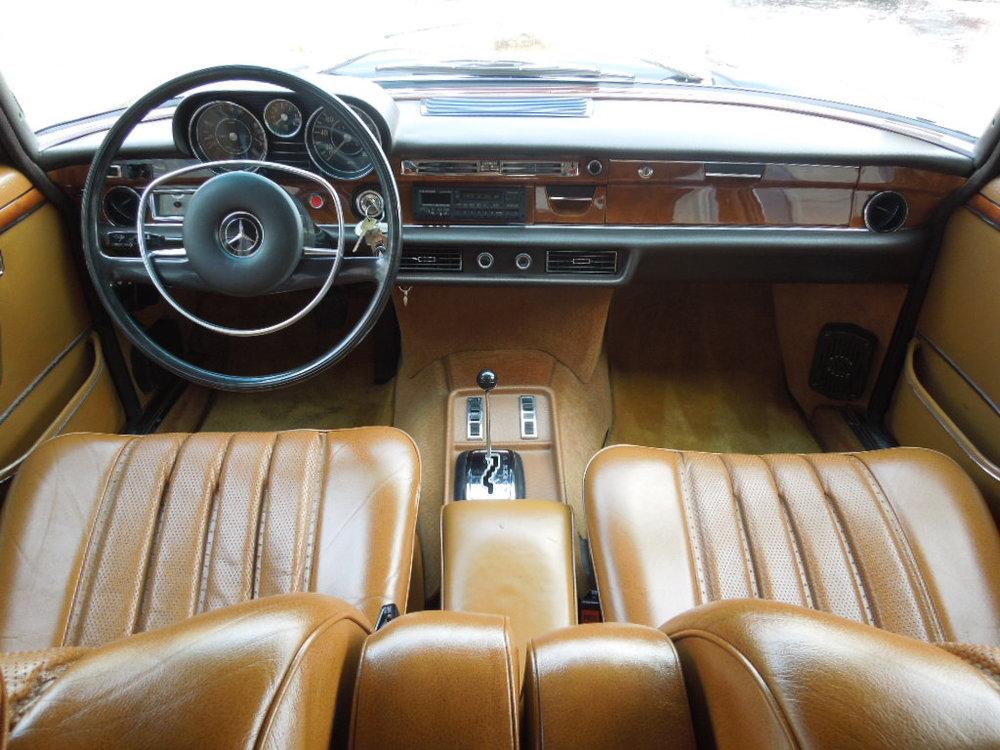 1970 300SEL 6.3 005.jpg