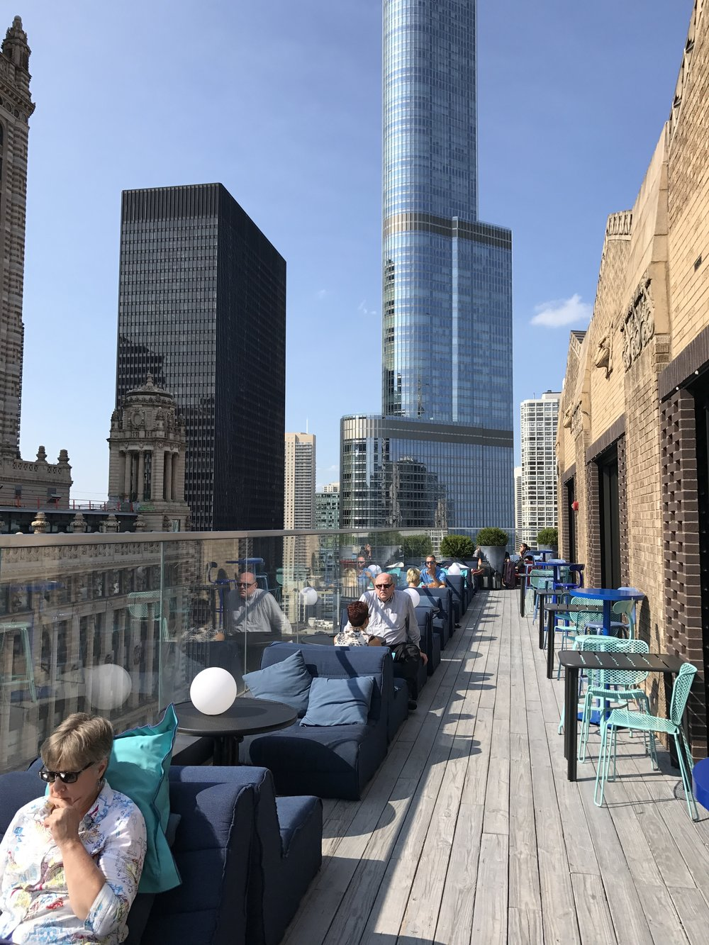 cerise-rooftop-bar-virgin-hotel-chicago.JPG