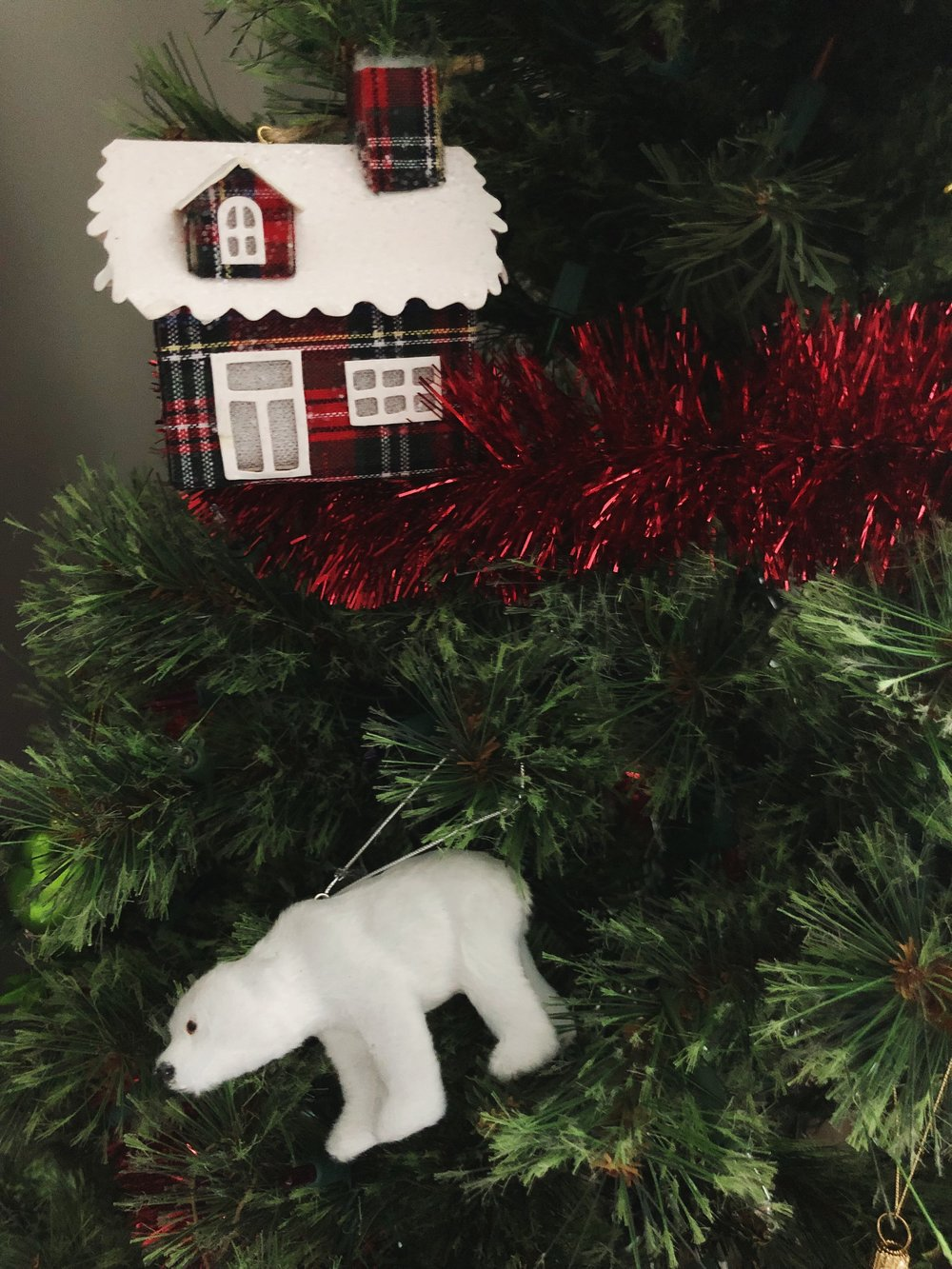 polar-bear-christmas-ornament.jpg