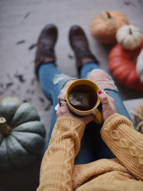 fall-multi-color-pumpkins-coffee-cup.JPG