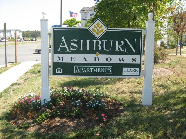Ashburn apts.jpeg