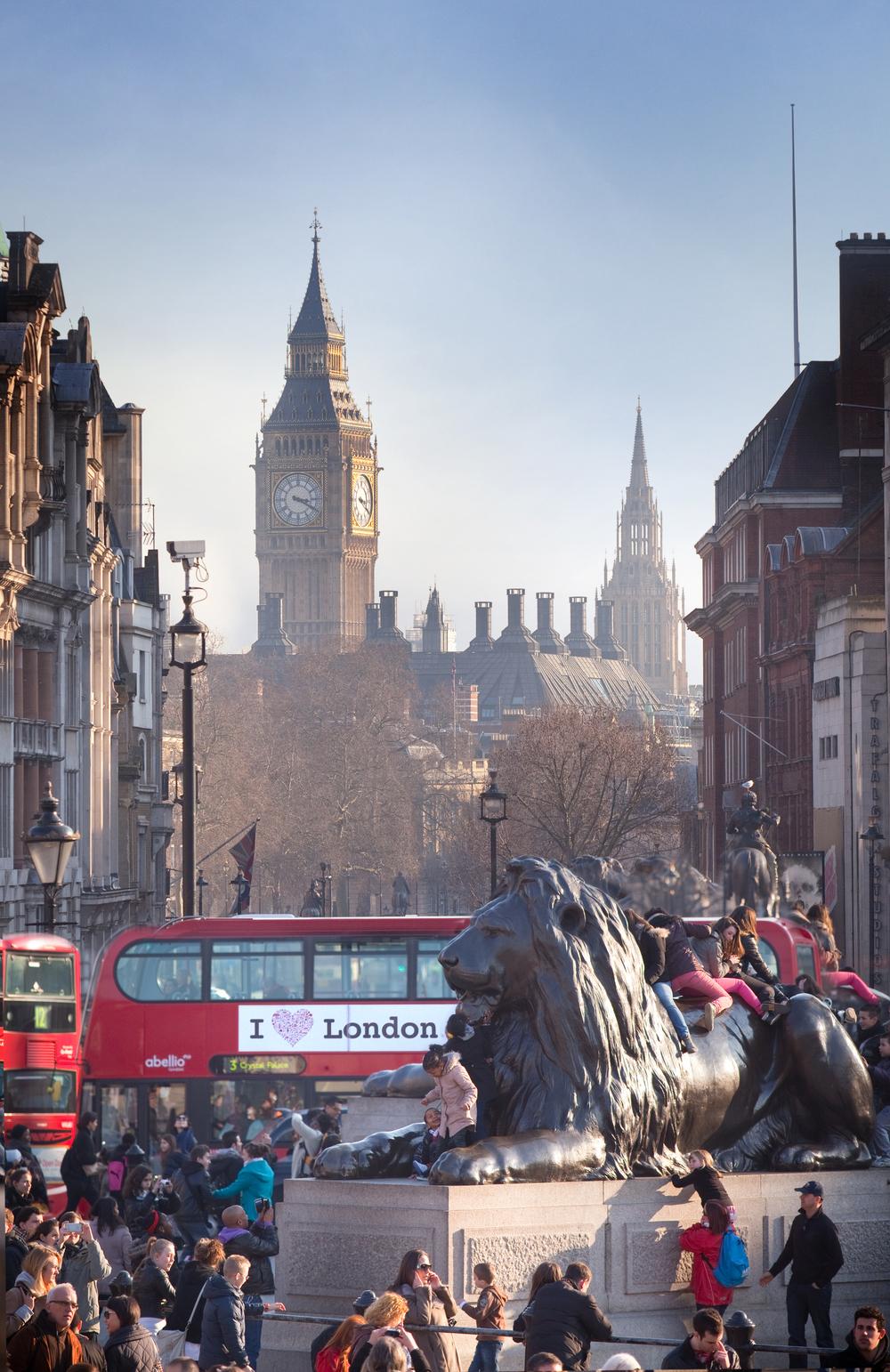 Trafalgar Square, Expedia