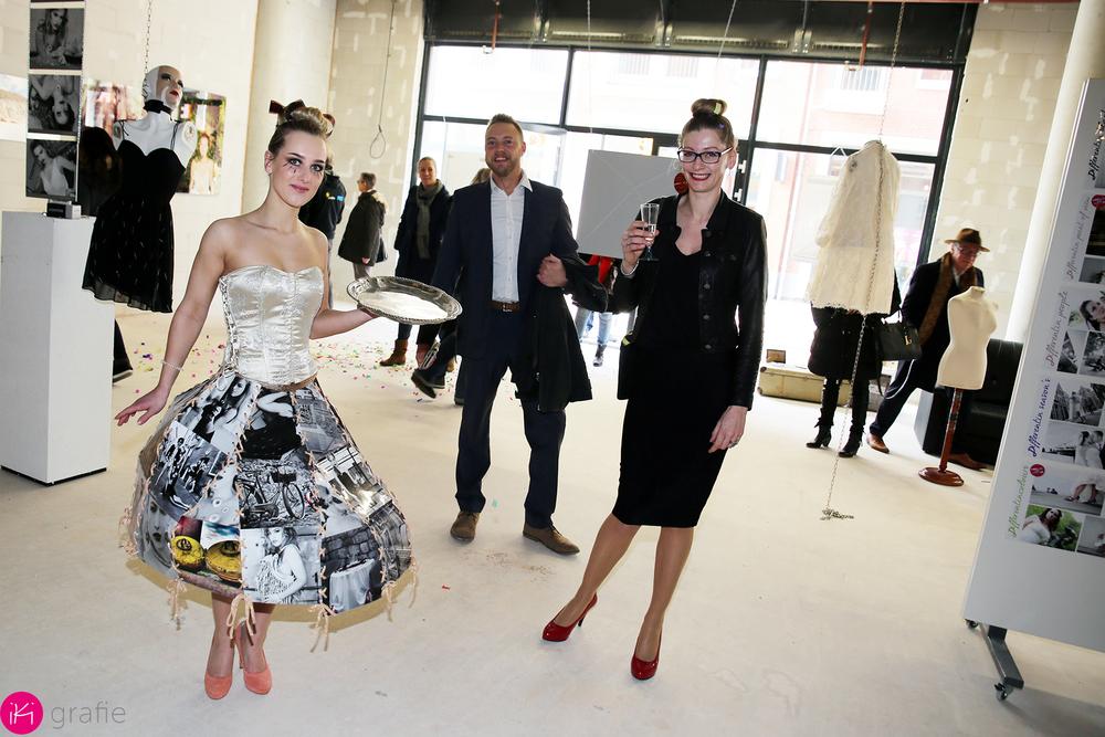 de rok bestaat uit verschillende fotos van beide fotografen.
