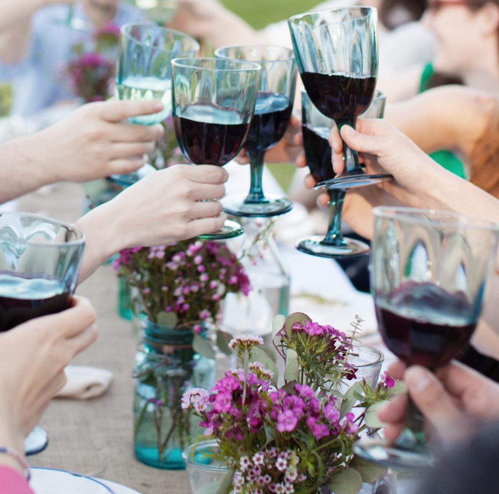 wine_dinnerparty.jpg