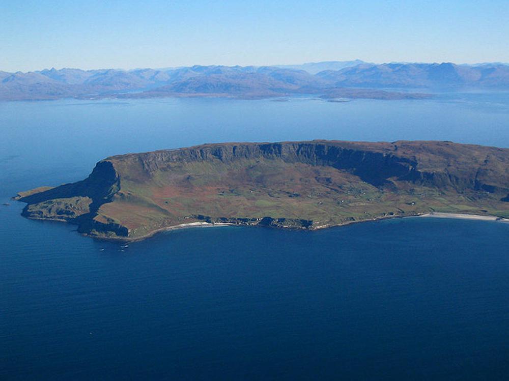 Isle of Eigg.jpg