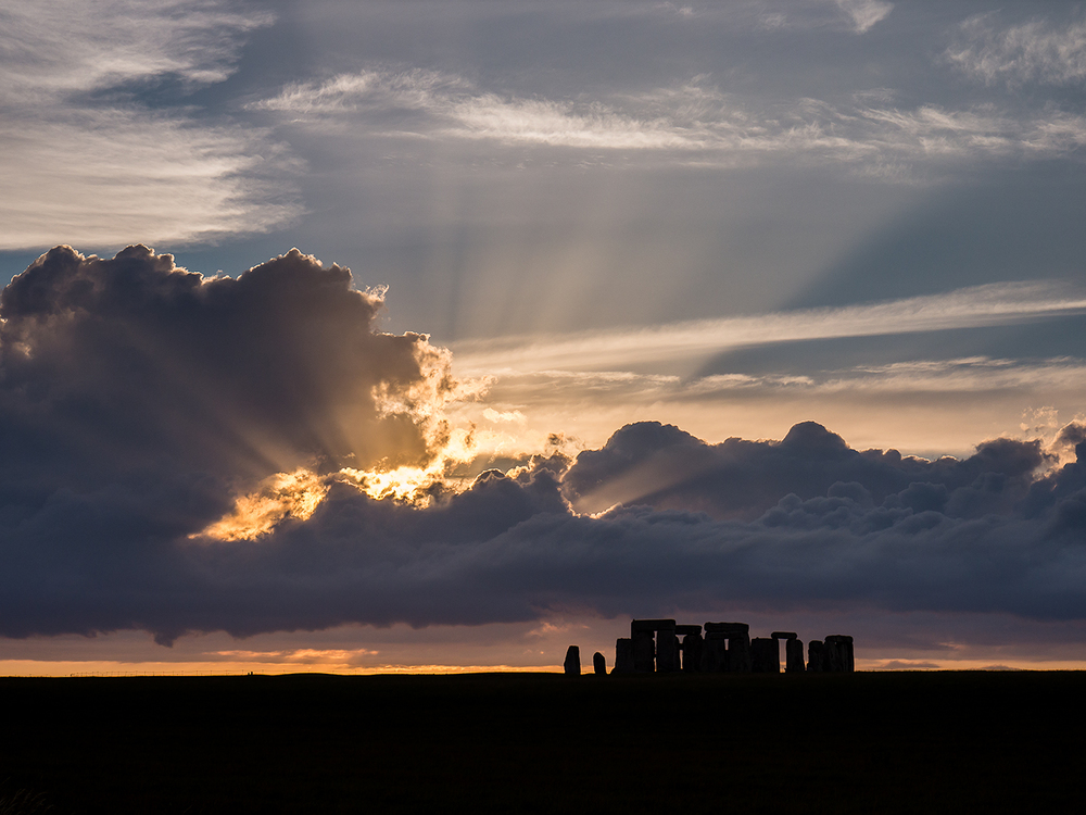 Cloud-break Stonehenge