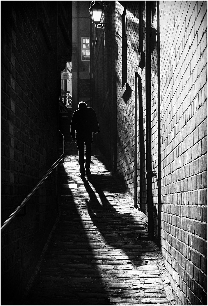 Winner 'The Alleyway' by Tony Oliver