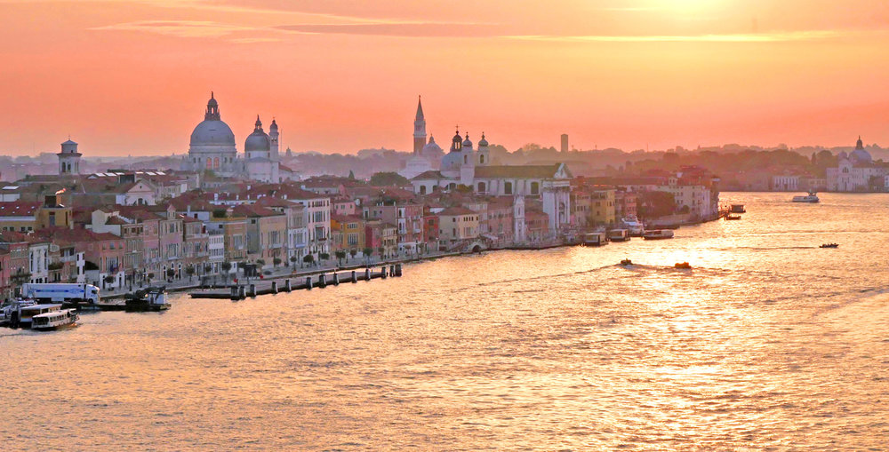 28_Gold on the Canale Giudecca_Peter Woodhouse