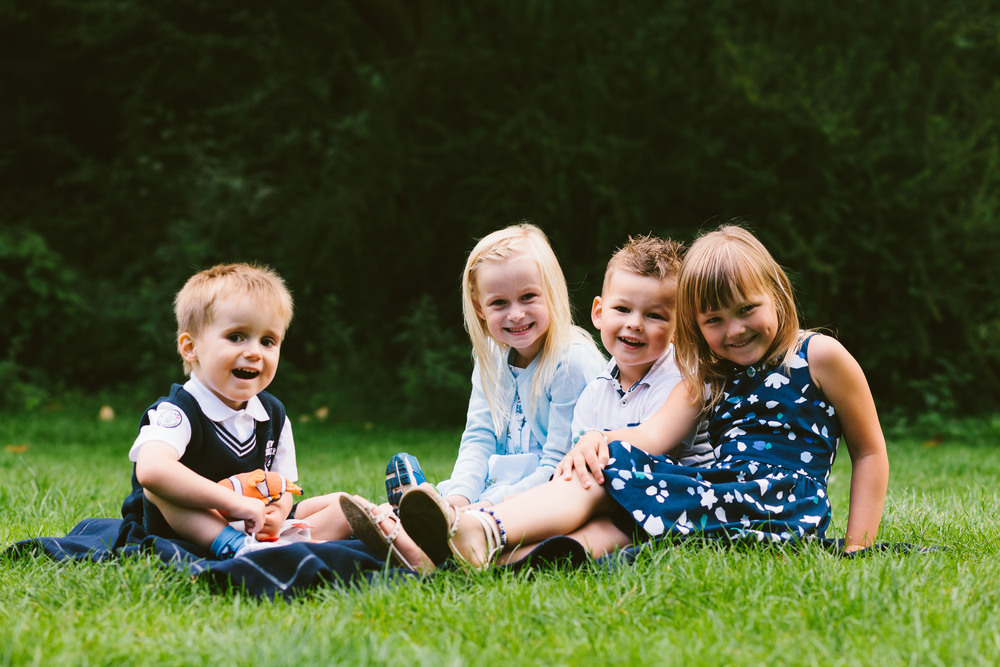 Newcastle Family Photographer // Jesmond Dene // Sneak Peek