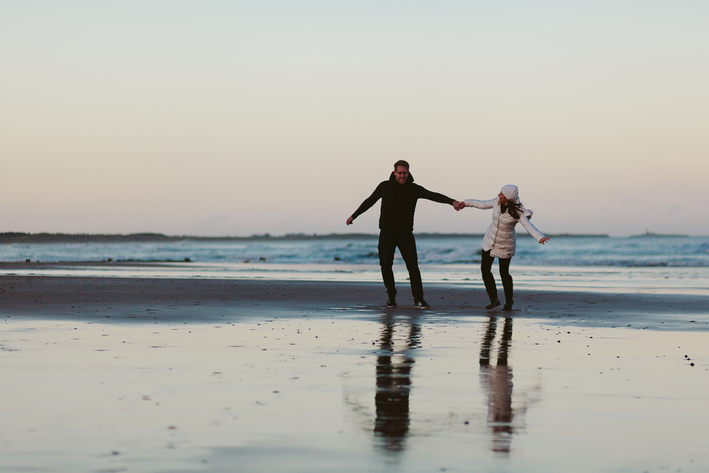 Northumberland Engagement Photographer // Nadia & Andrew // Turning Circles on the Beach