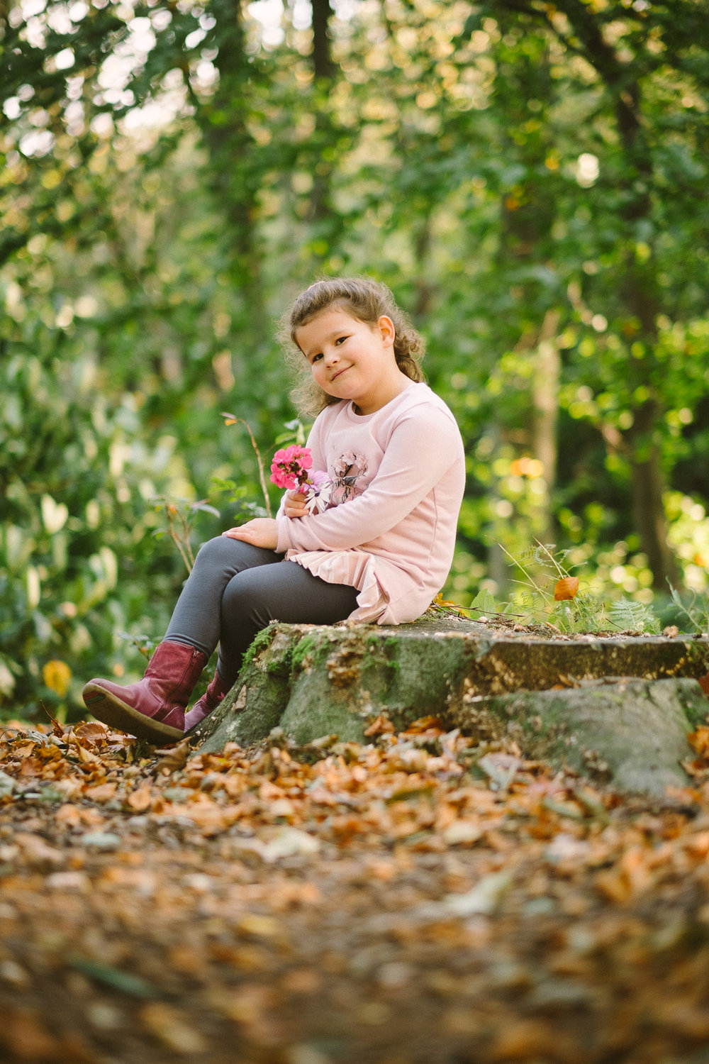 Outdoor sessions £95 - - Pre-shoot consultation-On location at a park or beach. Think Jesmond Dene or Tynemouth Longsands.- Up to 2 hour shoot (includes travelling)- Up to 50 high res photos ready to print- Password protected online gallery- Minimum age 4 months
