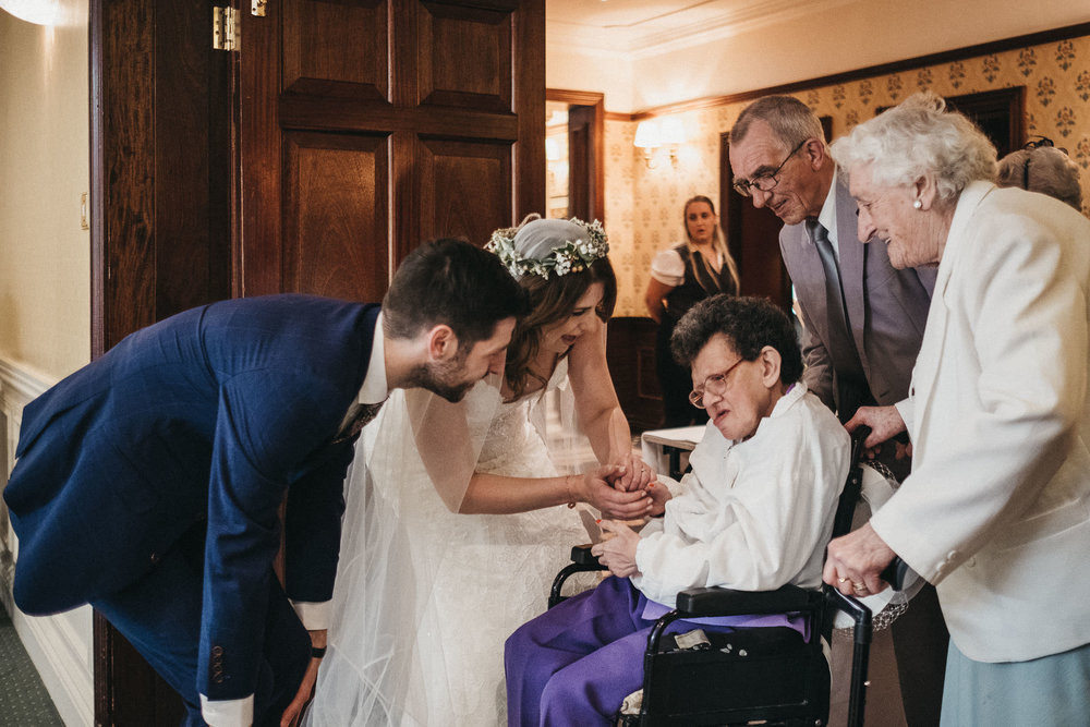 bride and groom welcome disabled guest