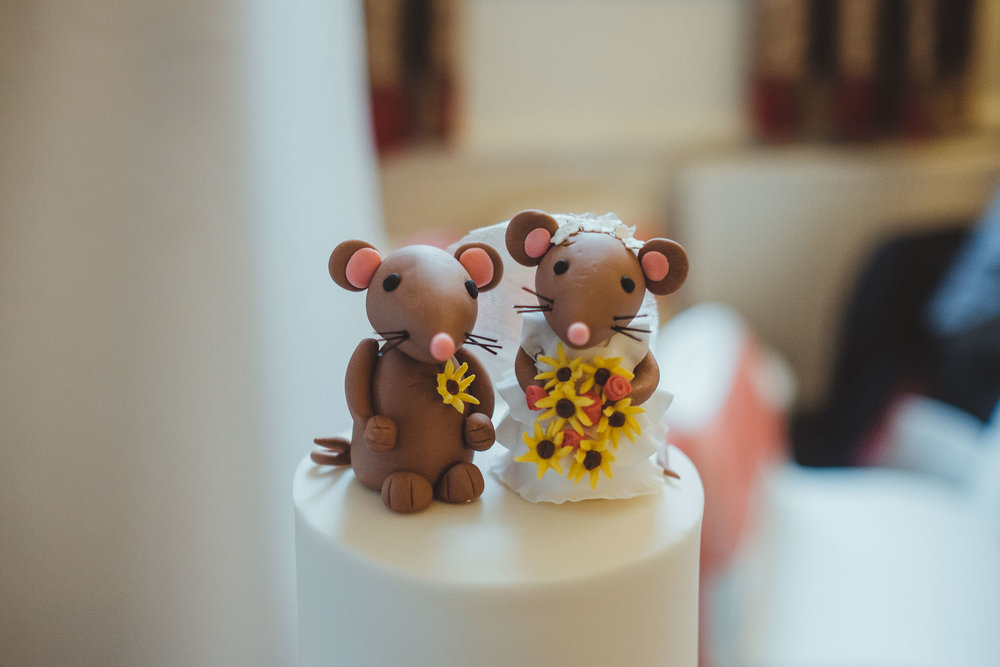 Wedding cake decorated with field mice