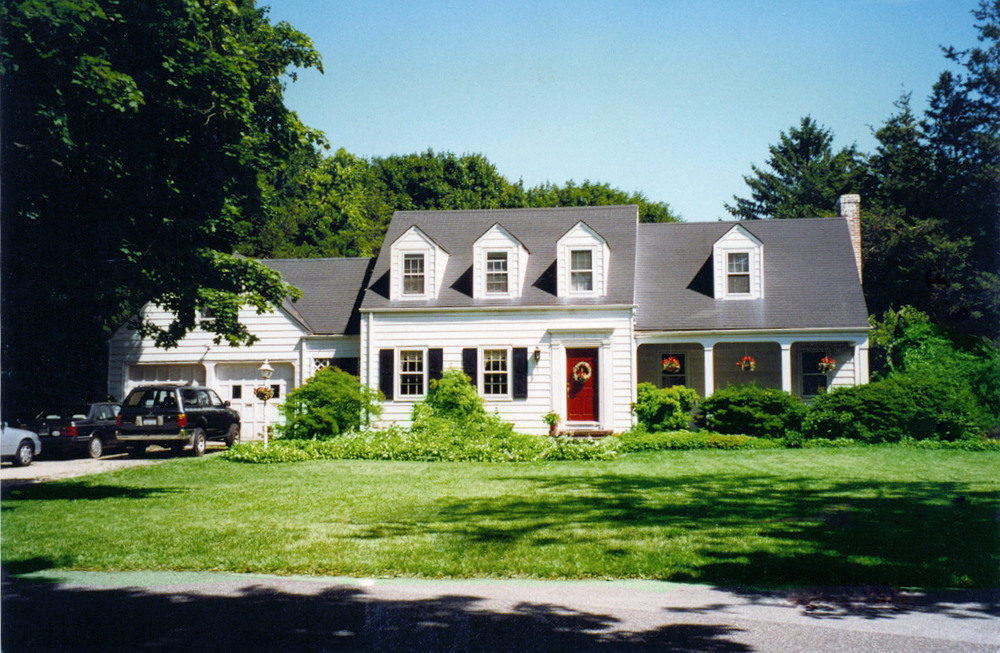Kartveli's home in Huntington, Long Island, New York
