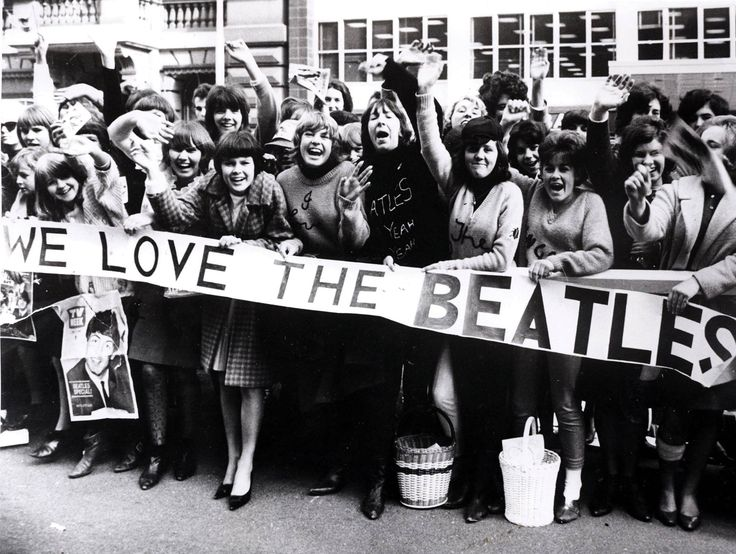 d35af69ba2310bd588b1531f9b6c782d--protest-signs-the-sixties.jpg