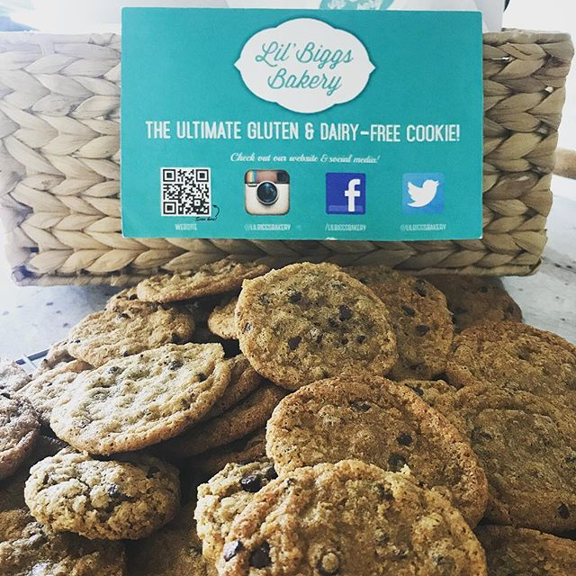 We are participating in the #TasteofLeucadia Stop by @thestudiobyvanity tonight to have your dessert first! We have lil' samples of our #glutenfree goodness...come grab yours while supplies last! 🍪 . . . . . . . . . . . . #leucadia #glutenfreecookies #cookies #dairyfree #soyfree #glutenfreebakery #glutenfreedessert #chocolatechipcookies #oatmealchocolatechip #instayum