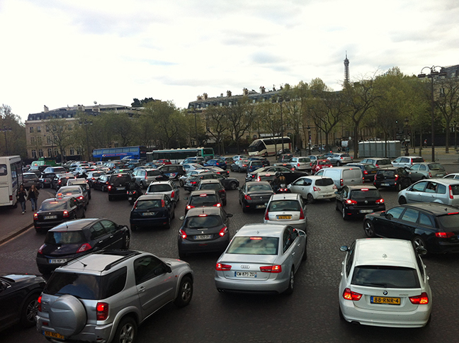 Traffic around the Arc du Triomphe