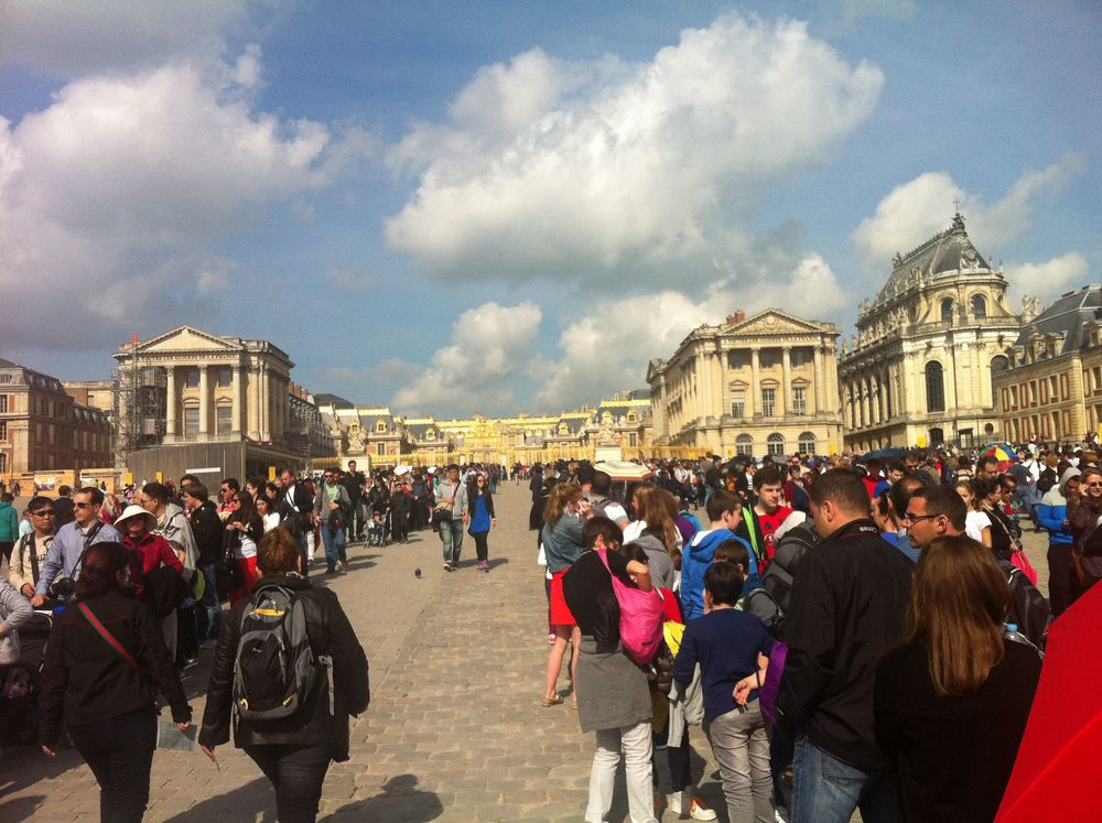 It took nearly 4 hours of waiting in line before we were actually inside the Palace of Versailles.