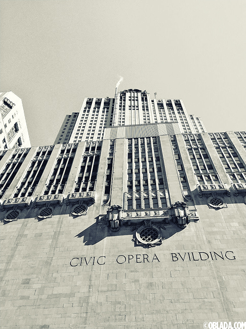 Civic Opera Building (©Deborah Clague/Oblada.com)
