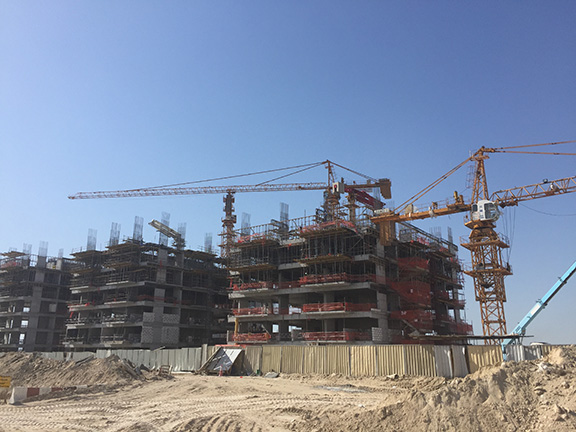 Under construction: Dubai continues to extend into the desert (©Deborah Clague, 2016).