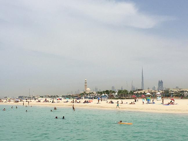 Jumeriah Beach, Dubai (©Deborah Clague, 2016).