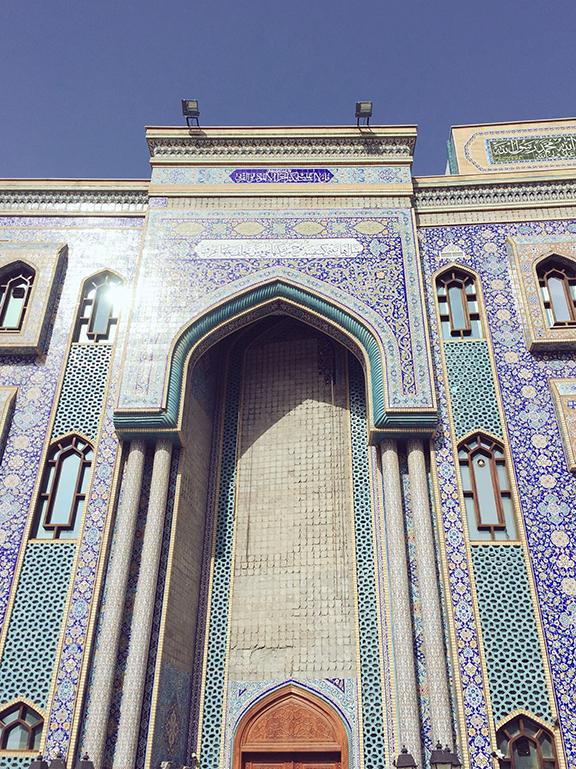 Iranian Mosque, Bur Dubai (©Deborah Clague, 2016)