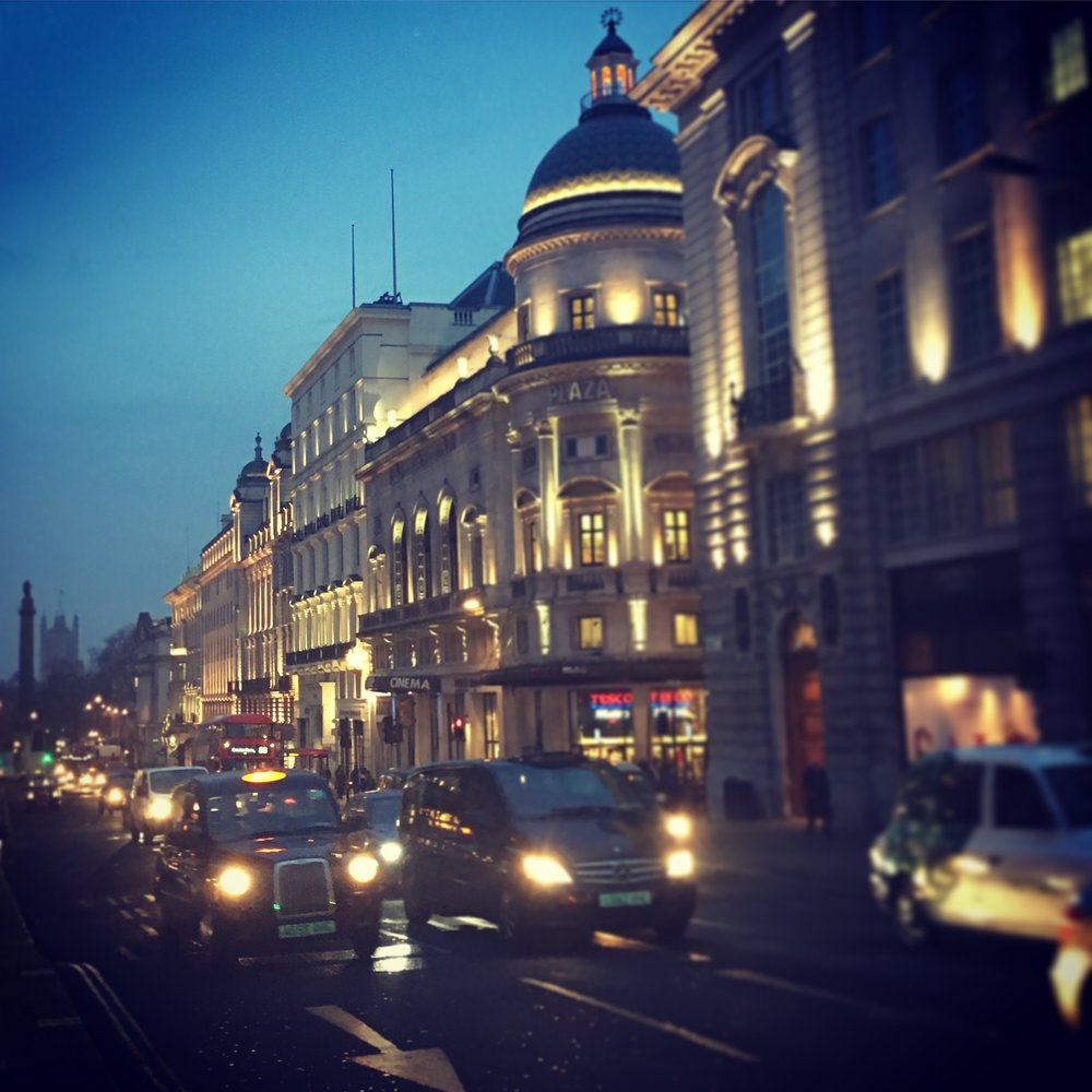 The streets of London at dusk (2017). ©Deborah Clague