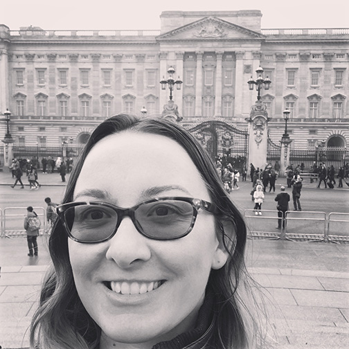 Me in front of Buckingham Palace (©Deborah Clague)