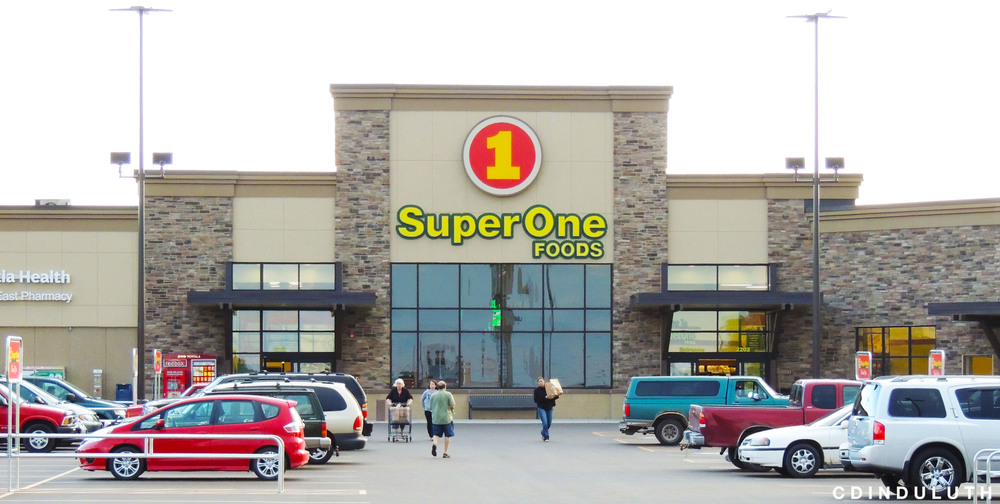 Above: Super One's newest store in Superior, WI
