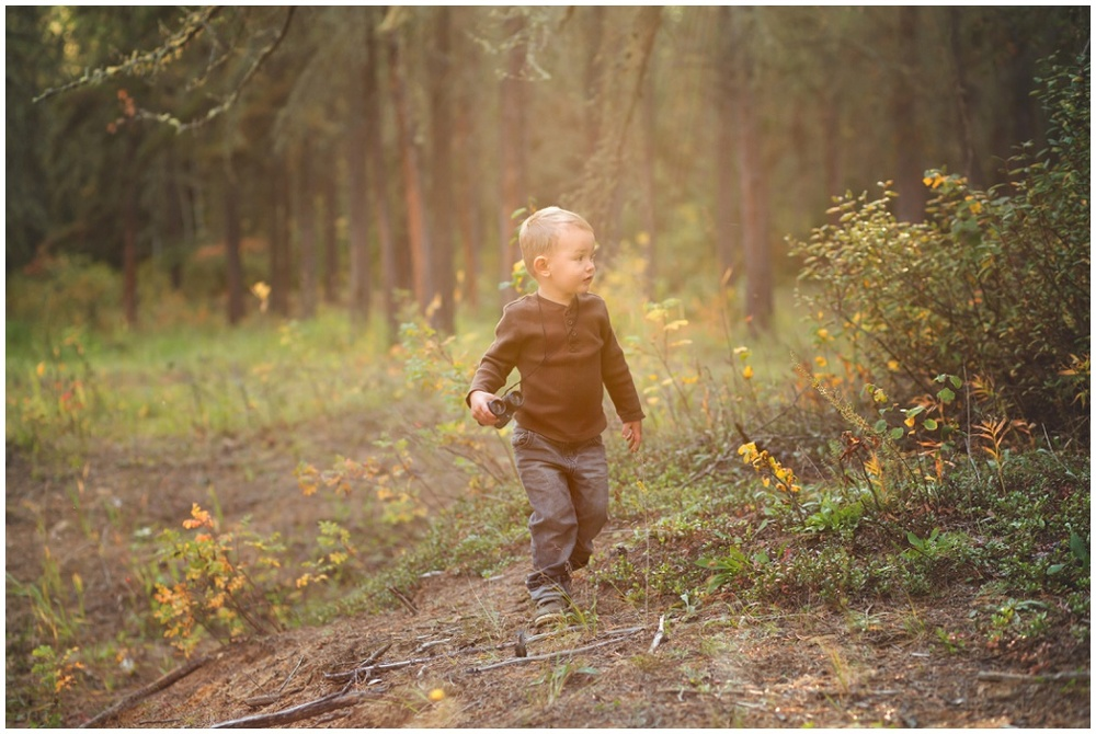 I loved how the light in this image highlighted his sense of adventure and possibility. There is so much beauty for this family to look forward to.