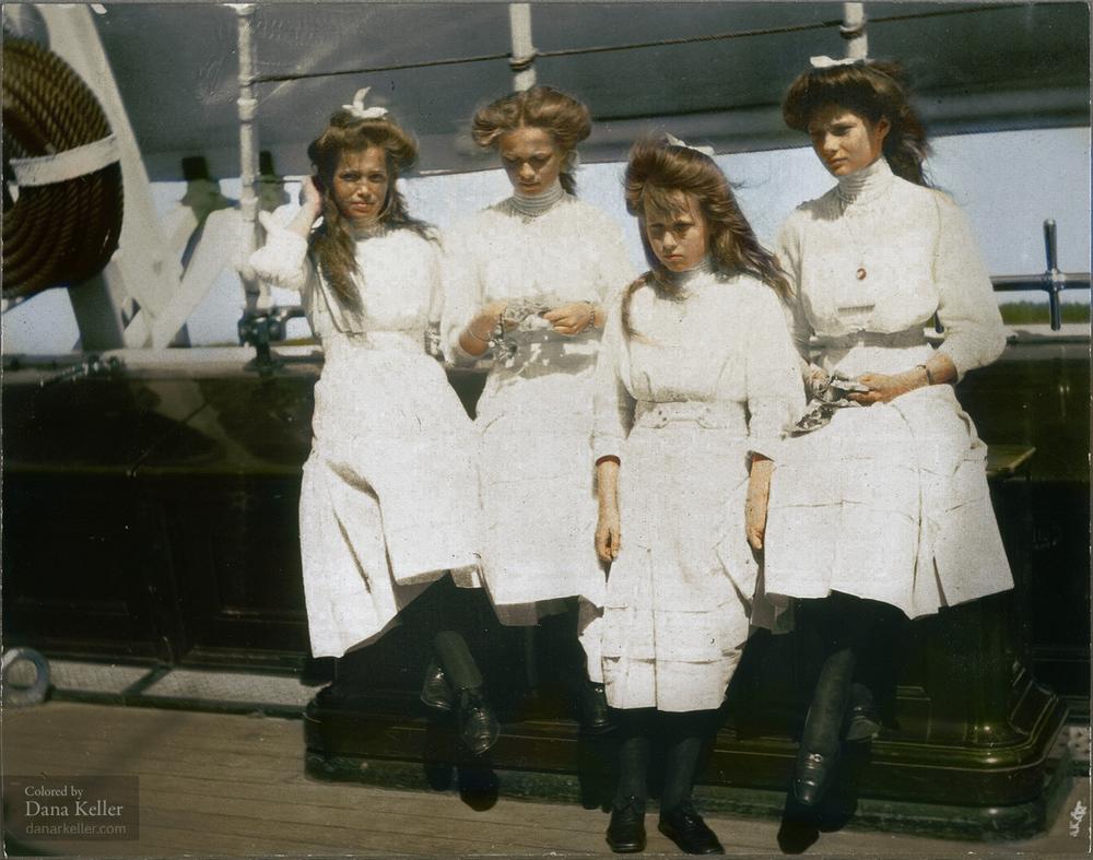 Romanov sisters, Grand Duchesses Maria, Olga, Anastasia, and Tatiana, ca 1910.