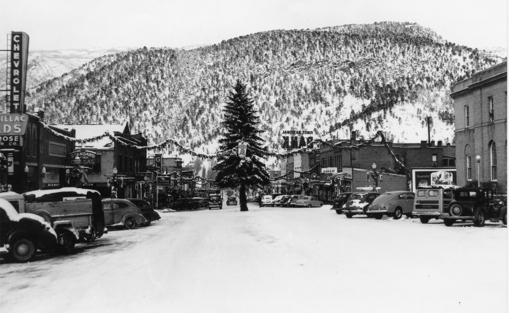 Christmas in Glenwood, Colorado, ca. 1949