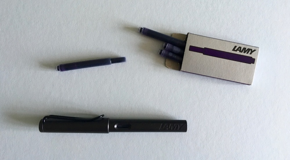 The Lamy Dark Lilac T-10 ink cartridges and my Lamy Safari