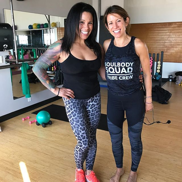 Soulbody Barre with Stacey! Ouch my abs! I was not expecting that CORE sequence! Holy ouch! Thank you for an amazing class.#soulbodybarre #fitnessfriends #fitnesinstructor #fitnesscoaches #fitnesscoach