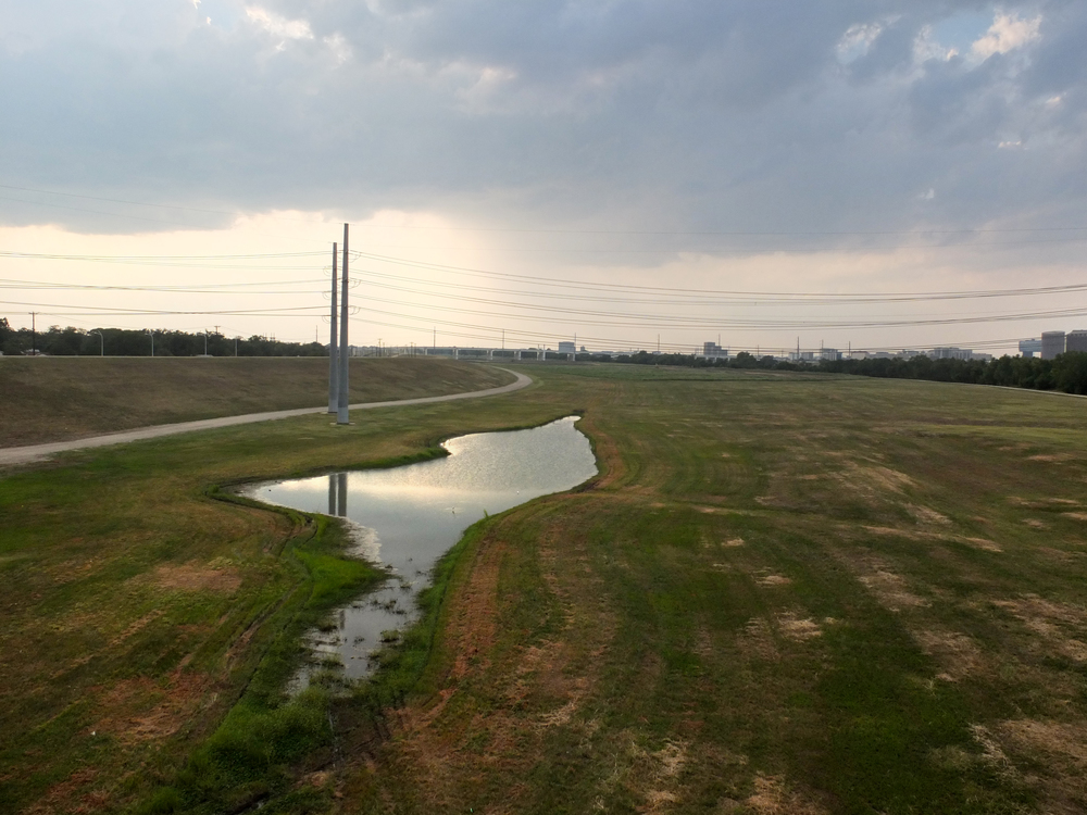 trinity-river-levee-batture