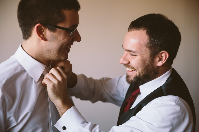 akron-ohio-wedding-photographer_nicole-jason-29.jpg