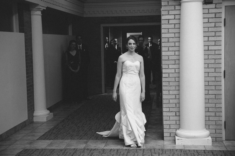 akron-ohio-wedding-photographer_nicole-jason-33.jpg