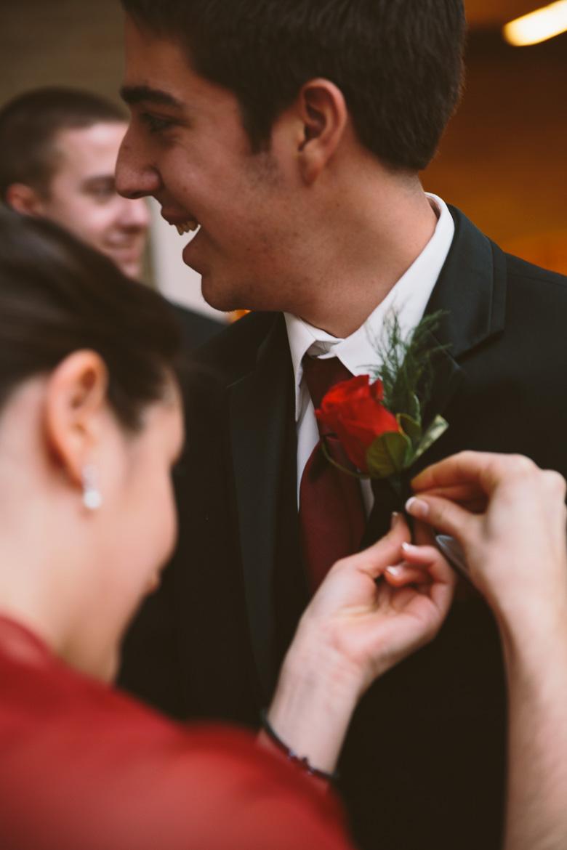 akron-ohio-wedding-photographer_nicole-jason-39.jpg