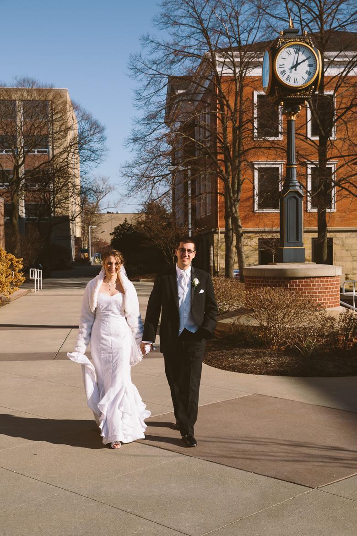 akron-ohio-wedding-photographer_nicole-jason-45.jpg