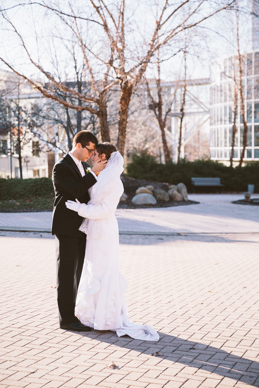 akron-ohio-wedding-photographer_nicole-jason-52.jpg