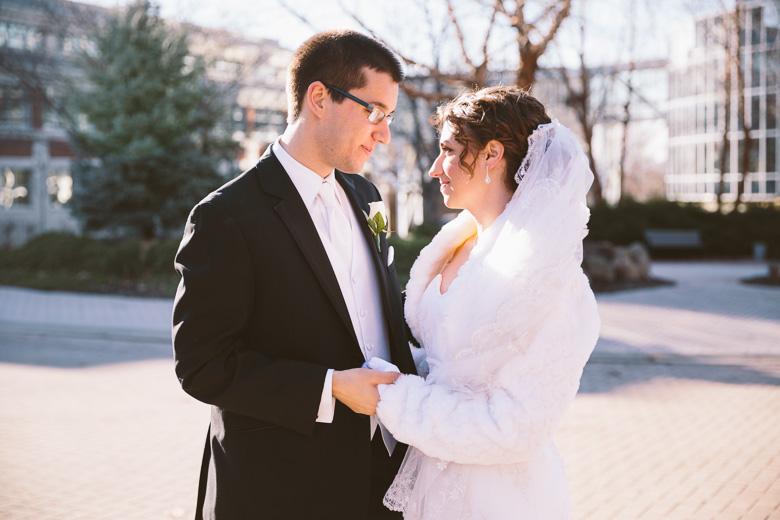akron-ohio-wedding-photographer_nicole-jason-53.jpg