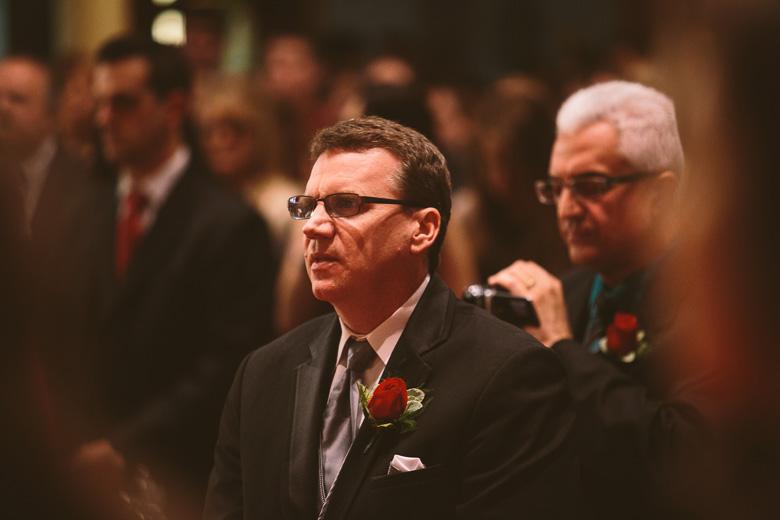 akron-ohio-wedding-photographer_nicole-jason-77.jpg