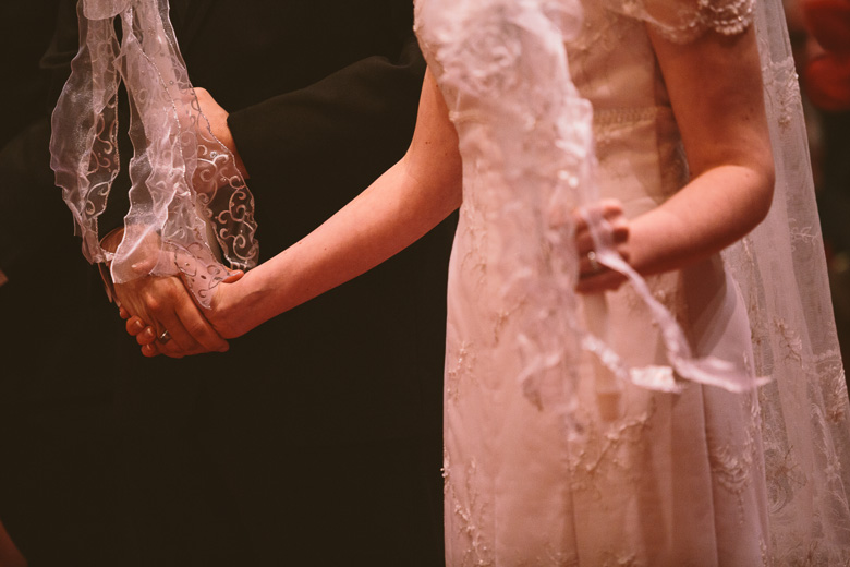 akron-ohio-wedding-photographer_nicole-jason-92.jpg