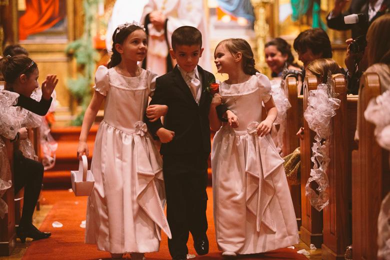 akron-ohio-wedding-photographer_nicole-jason-94.jpg
