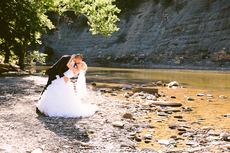 rocky-river-ohio-wedding-photography_krista-kyle-71.jpg