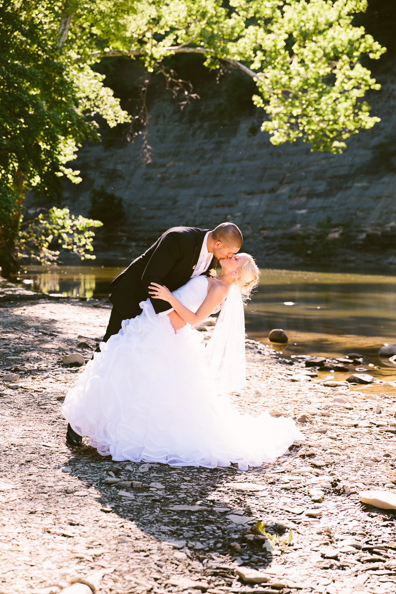 rocky-river-ohio-wedding-photography_krista-kyle-70.jpg