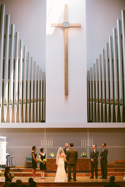 west-lake-ohio-wedding-photography_melissa-matthew-50.jpg