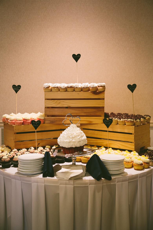 west-lake-ohio-wedding-photography_melissa-matthew-99.jpg